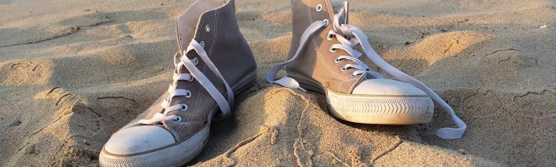 Puliamo a fondo le scarpe da ginnastica