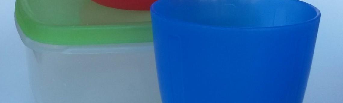 Come lavare i contenitori in plastica per alimenti
