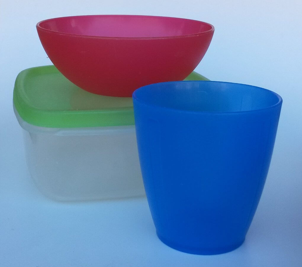 Come lavare i contenitori in plastica per alimenti for Contenitori in pvc per esterni