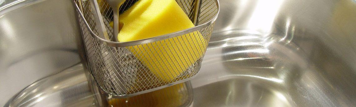 Il lavello della cucina va sgrassato oppure no?