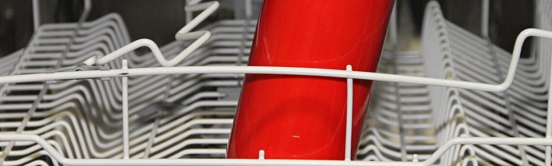 Come tenere pulita la lavastoviglie in modo ecologico